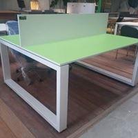 תמונה של שולחן 8040